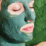 Маска из зеленой глины