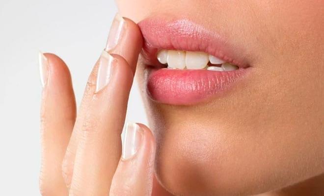 Маски от трещин губ